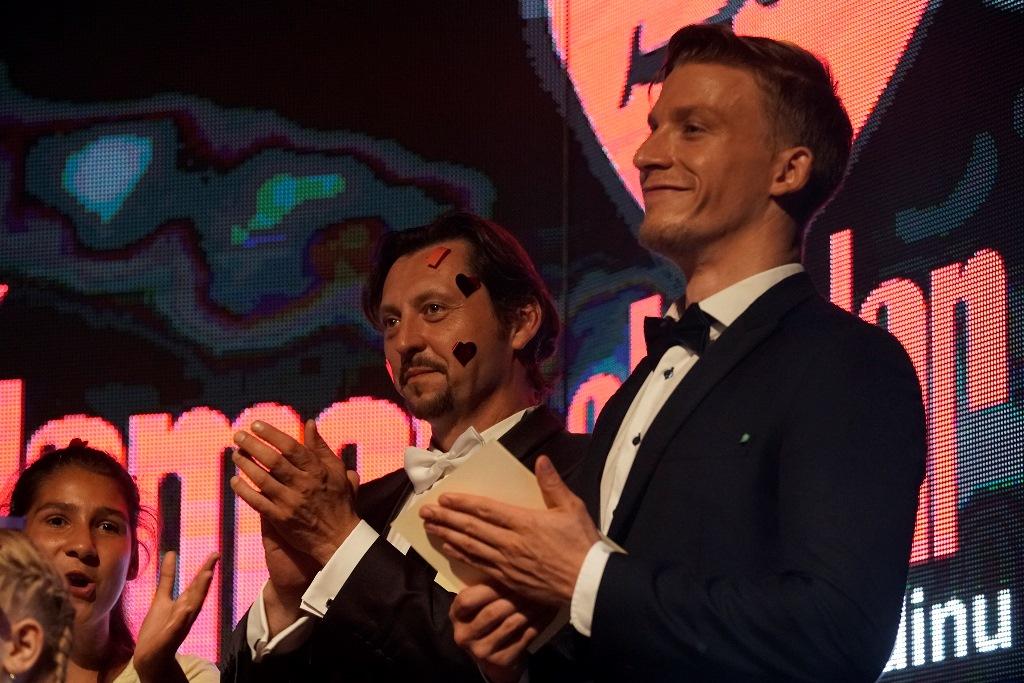 Do Najmilšieho koncertu sa s radosťou zapojili ako moderátori herci Lukáš Latinák a Juraj Bača