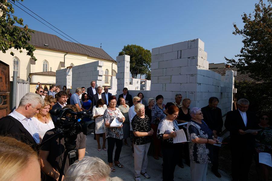 Otvorenie centra pomoci Vincentínum v Košiciach - Šaci