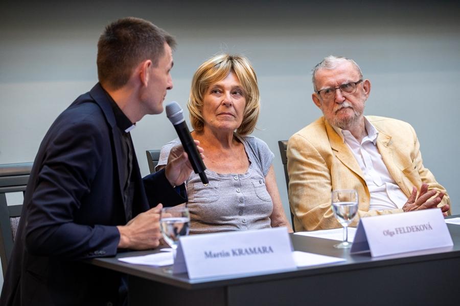 O praktické príklady riešenia rodinných sporov sa podelili manželia Feldekovci