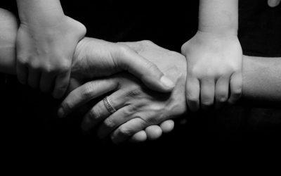 Pozvánka poradenský výcvik pre prácu s deťmi s poruchami vzťahovej väzby, ktorý vychádza z attachmentovej terapie DDP