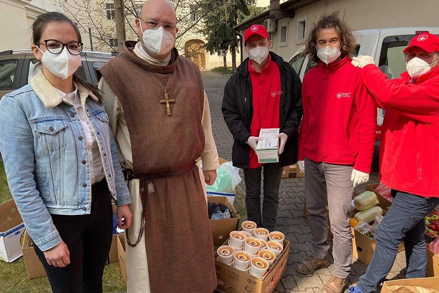 Pôstnu polievku odovzdali núdznym na mnohých miestach Slovenska